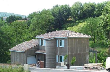 Maison ossature m tallique en construction for Agrandissement maison ossature metallique