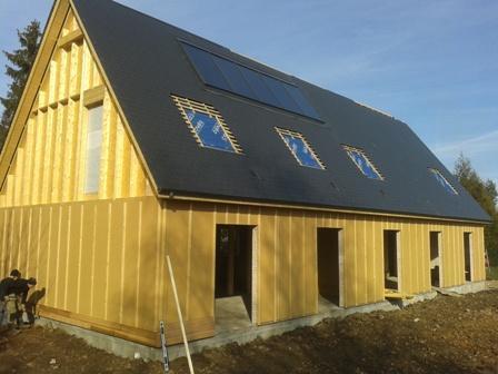 Grande maison ossature bois chantier dreux en eure et loir for Pose bardage bois exterieur