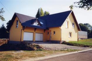 Maison traditionnelle maçonnée