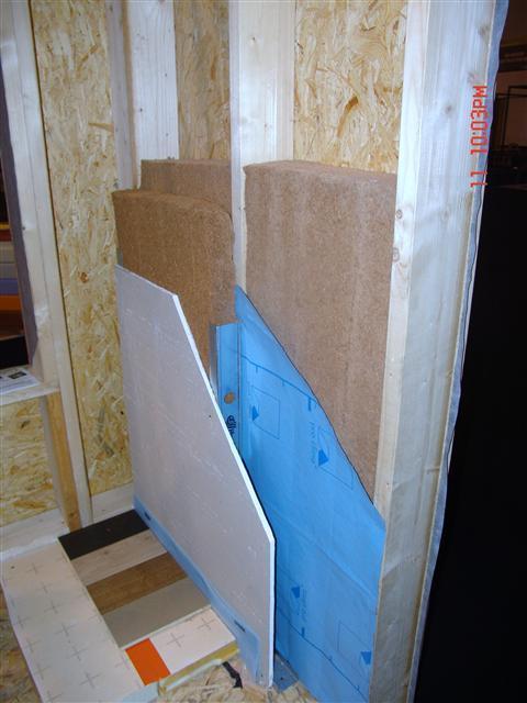 Descriptif mat riaux de construction murs en ossature bois for Doublage mur interieur