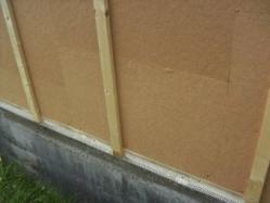 Isolation de maison bois grille anti rongeurs 1