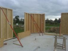 Maison bois montage des murs