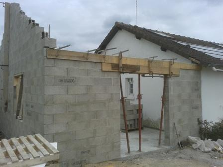Travaux d 39 agrandissement de maison dans l 39 eure for Extension parpaing
