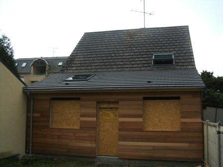 agrandissement de maison fabriqu en ossature bois. Black Bedroom Furniture Sets. Home Design Ideas