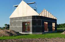 Pose des pignons sur maison bois