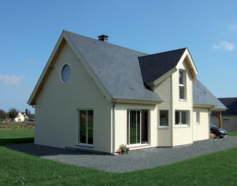Bardage de couleurs sur maison ossature bois