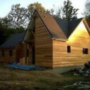 Maison en bois construite en ossature bois sur mesure