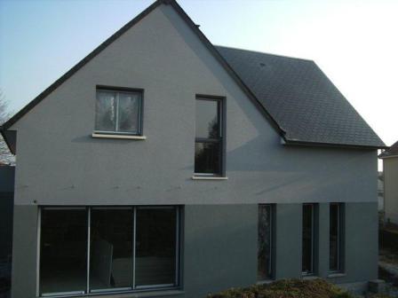Maison traditionnelle construite en maçonnerie