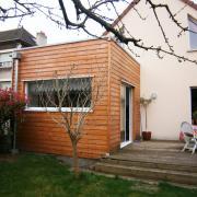 Extension en bois de maison avec toiture terrasse
