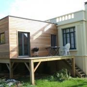 Extension maison toit plat sur pilotis