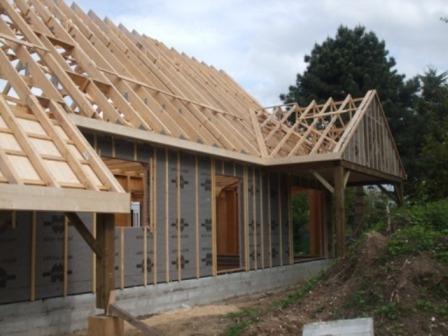 Construction en hors d'eau/air d'une maison bois