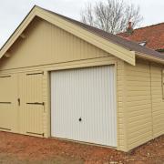 Garage en ossature bois avec bardage de couleur
