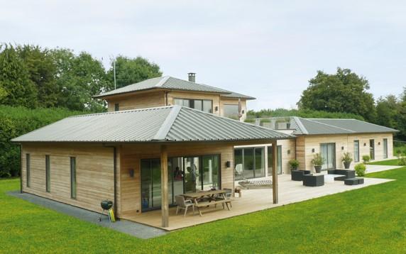 Constructeur de maisons en bois de fabrication fran aise for Constructeur de maison en bois suisse