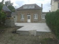 Dalle beton extension maison normandie
