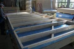 Fabrication des murs d'une maison en ossature bois