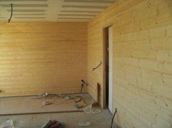 Chantier de construction d 39 une petite maison ossature bois - Lambris interieur bois ...
