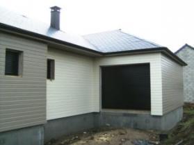 Maison ossature bois avec bardage de couleurs