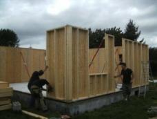 Montage des murs en bois