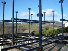Montage des piliets structure metal