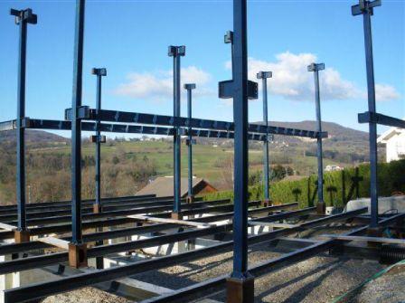 Montage Des Piliets Structure Metal ...