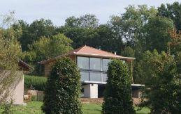 Maison tage et terrasse construite en structure m tallique for Agrandissement maison ossature metallique