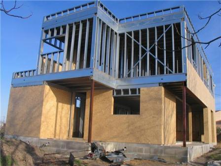 Villa moderne en ossature m tallique avec toiture v g talis - Maison en kit ossature metallique ...