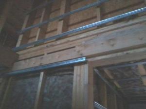 Pose des rails de placo pour isolation intérieure