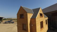 Tiny house couverture en bardeau bitumineux